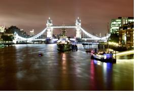 Die Towerbridge in London bei Nacht. (Foto: Sonja Trabandt)